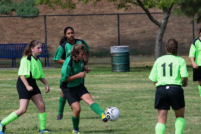Soccer2011-09-17 11-26-29.JPG