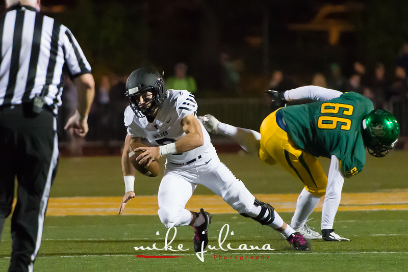 20181012-Tualatin Football vs West Linn-0260.jpg