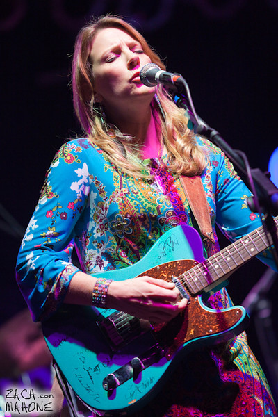 Derek Trucks and Susan Tedeschi Band-9.jpg