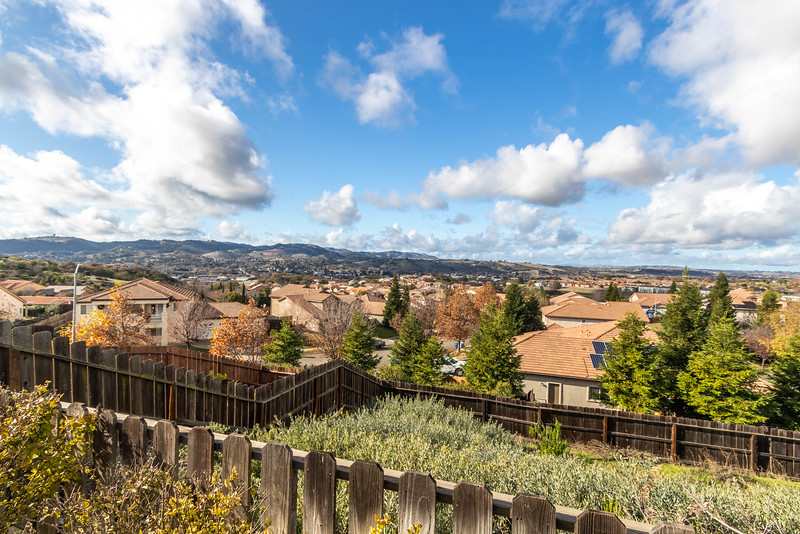 299 Montebello Oaks 42 Backyard Views.jpg