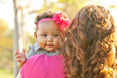 Zoei Butler 4 month portraits