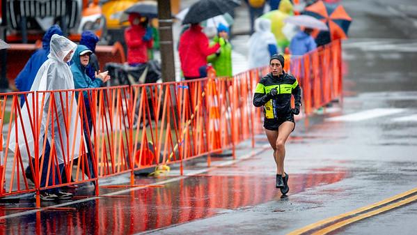 2018 Desi Linden Boston Marathon