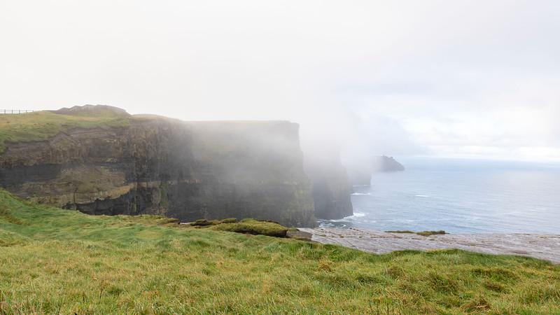 Ireland-Doolin-Cliffs-of-Moher-05.jpg