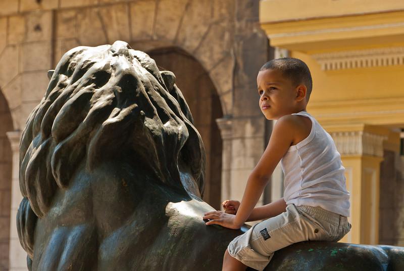 2011-04-07_Havana_OldTown_9222.jpg