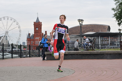 CArdiff Triathlon - Olympic Men Run 8-12 to 8-46