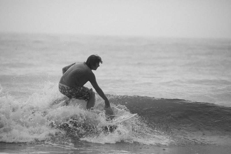 Surf_BW_032.jpg