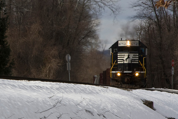 A wonderful Cold and Blustery day of Railfanning