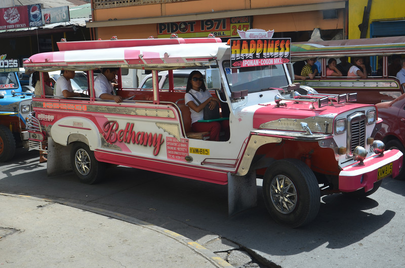 DSC_7415-pink-jeepney.JPG