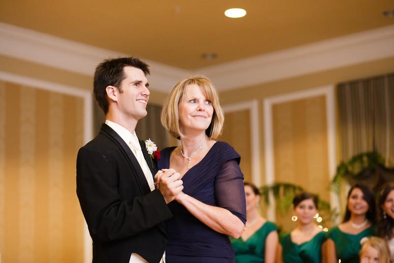 07 - Parent Dances-0040.jpg