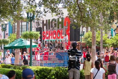 2009 Hollywood Studios: HSM Parade