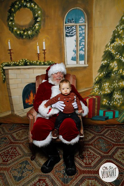 Pictures with Santa @Earthbound 12.1.2018-004.jpg