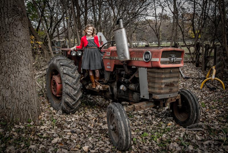 Taryn'14 - farm-11.jpg