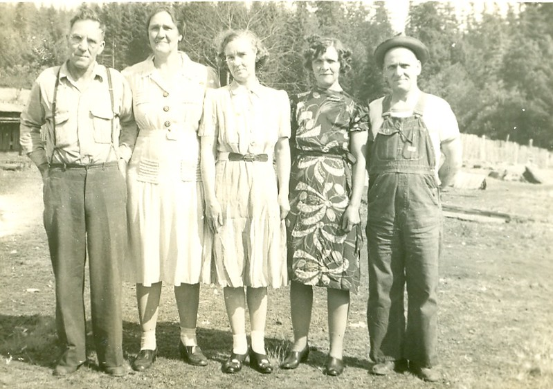 Ray Vaughn's siblings (Crystal Pearce's aunts and uncles on her father's side). Ray not pictured.