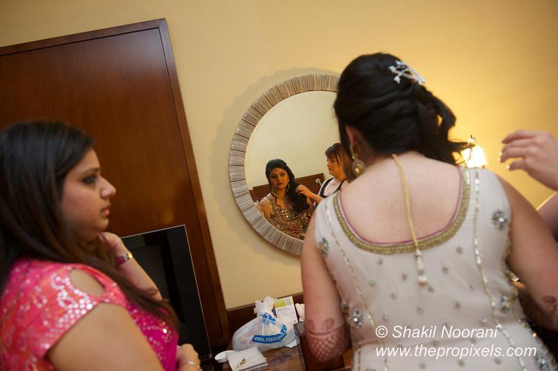 Naziya-Wedding-2013-06-08-01995.JPG