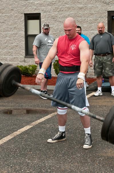 Fitness Revolution Strongman Challenge 2011_ERF3760.jpg
