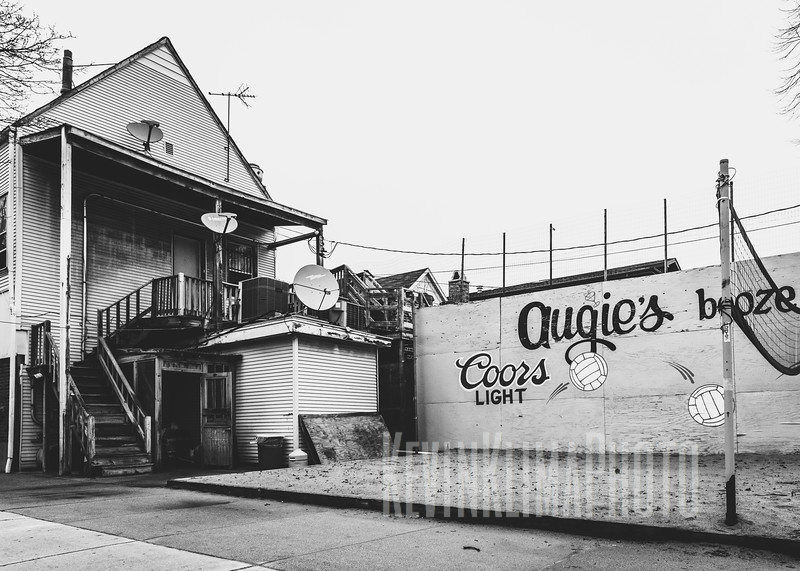 Augie's