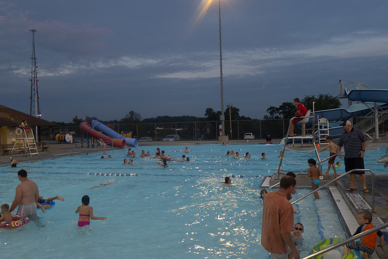 Hampton Dolphins Pool Party-0005-1120747.jpg