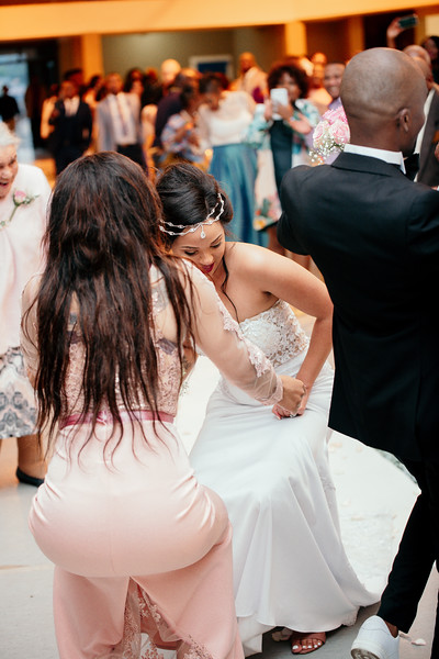 14 DECEMBER 2018 - VUKILE & BERENICE WEDDING 1-401.jpg