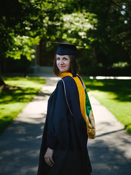 Amanda-Graduation-2017-8.jpg