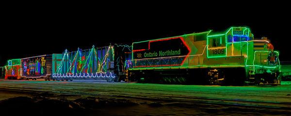 2017 Santa Claus Parade and Christmas Train
