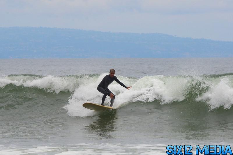 Gladstones Surf-175.jpg