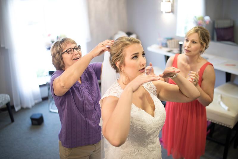 Laura & AJ Wedding (0172).jpg
