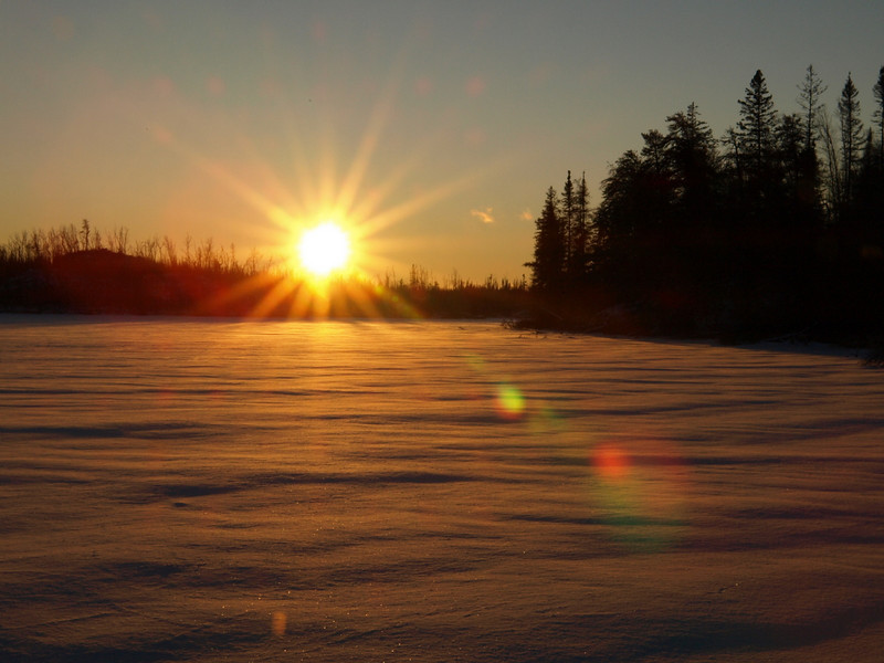 Eventually I dried up, and we head back to the cabin at sunset.   Here is BWCA magic on Bingshick Lake.