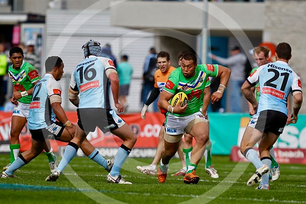NYC. CANBERRA RAIDERS V CRONULLA SUTHERLAND SHARKS. RD 20. 22 JULY 2012