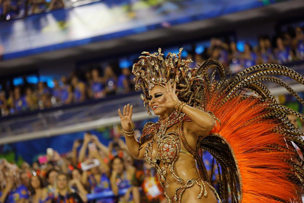. Drum queen Viviane Araujo from the Salgueiro samba school performs during Carnival celebrations at the Sambadrome in Rio de Janeiro, Brazil, Monday, Feb. 27, 2017. (AP Photo/Leo Correa)