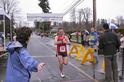 2005 Comox Valley Half Marathon - ComoxHalf2005-Al-Livsey-041.jpg
