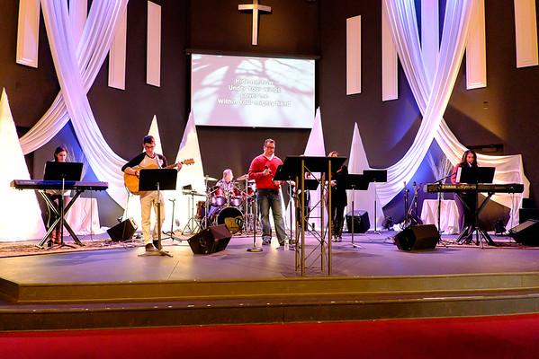 02-01-15 Calvary Hill Church Services