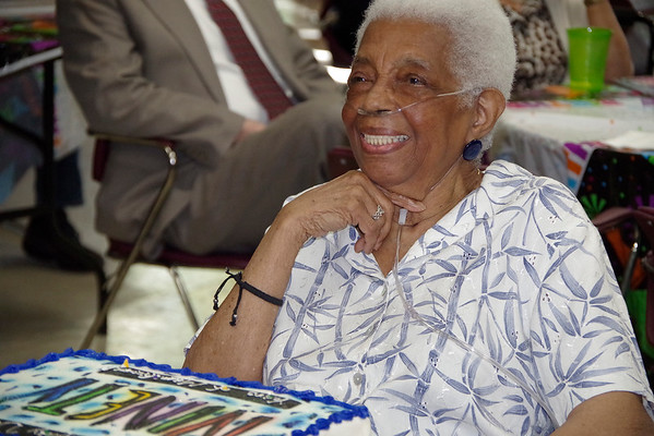 Aunt Dorothy turns 90