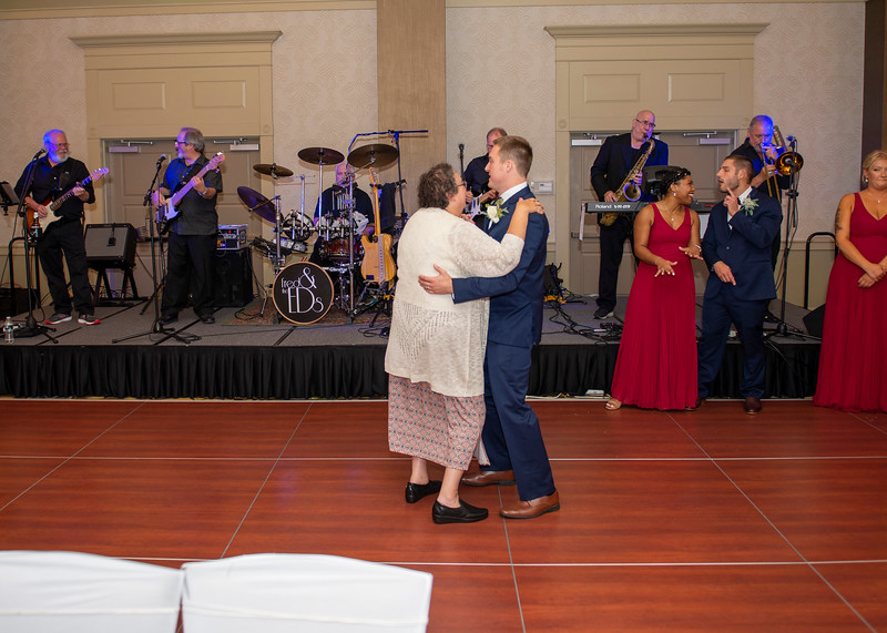 Simoneau-Wedding-2019--1145.jpg