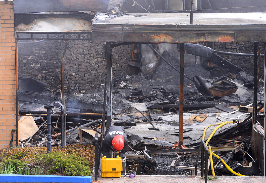 . Elks Lodge fire in San Pedro. Arson team begins its work. (April 15, 2014. Photo by Brad Graverson/The Daily Breeze)