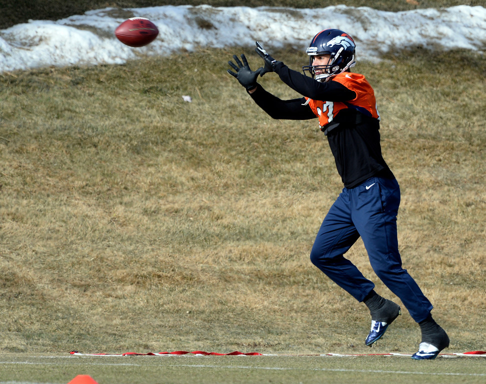 . Denver Broncos wide receiver Eric Decker (87) catches a pass during practice January 16, 2014 at Dove Valley. The Denver Broncos are preparing for their AFC Championship game against the New England Patriots at Sports Authority Field.  (Photo by John Leyba/The Denver Post)