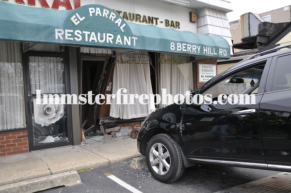 SYOSSET CAR INTO EL PARRAL RESTAURANT 3-15-12