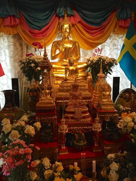 20150630 Sverige, Värmdö Buddharam Tempel iPhone