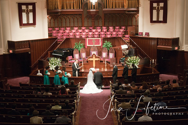 First United Methodist Church, Dr Charles Allen, Downtown Methodist Church, Crowne Plaza Hotel, Houston wedding venue, houston wedding photographer, Nathan Simmons, small wedding ceremony