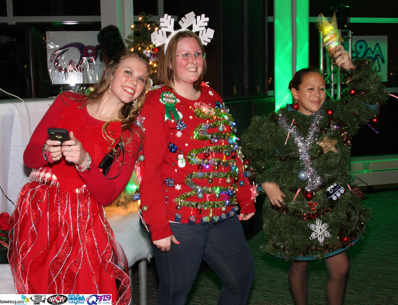 2014 Ugly Sweater-173.jpg