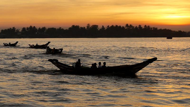 Yangon, Burma - Myanmar-54.jpg