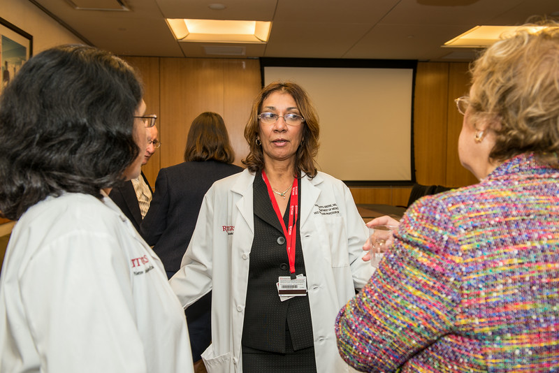 2014 White Coat Ceremony-41.jpg