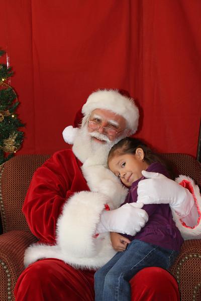 Santa Clause 27NOV2010-146.JPG