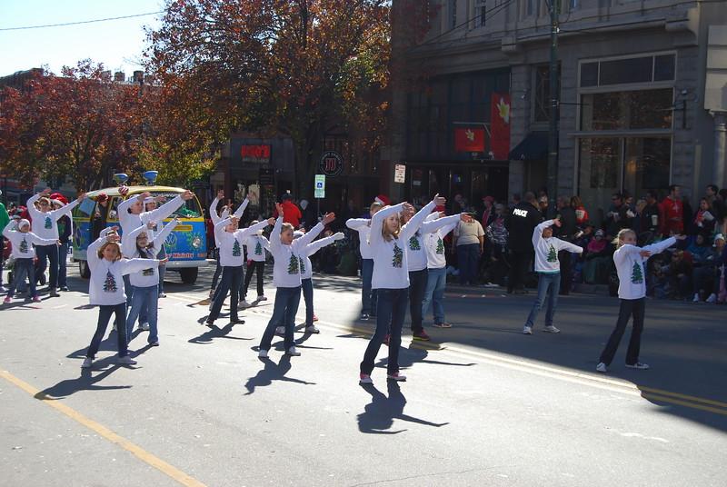 Parade 1243.jpg
