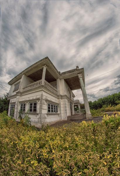 AbandonedMansdw09.jpg