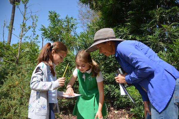 Second Grade Visits Arlington Garden