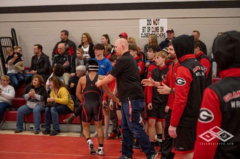 Wrestling at Granite City-09196.jpg