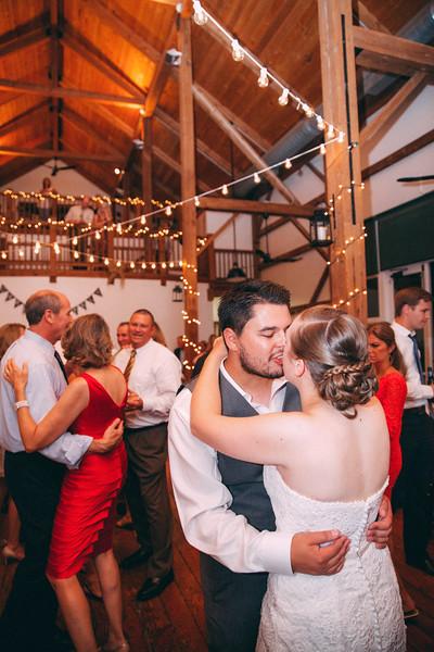 Le Cape Weddings - Grayslake Weddings - Cara and Jeffrey 3961.jpg