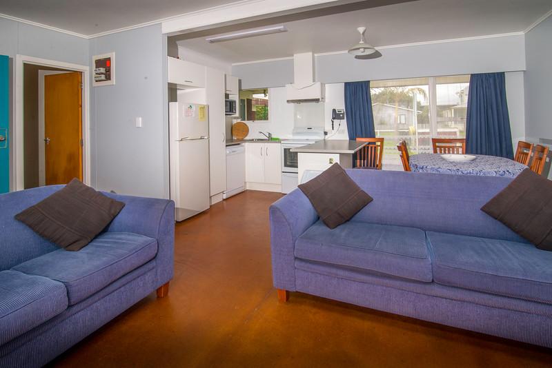 Tutakaka-unit 2 lounge.jpg