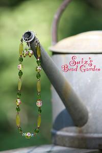 Suiz's Metal & Bead Jewelry