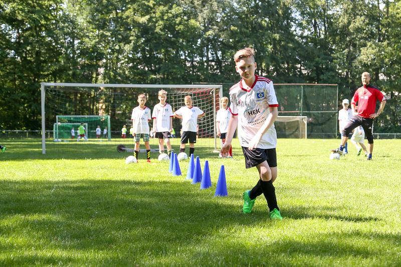 hsv_fussballschule-287_48047953121_o.jpg